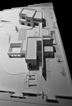architecture - Abu Samra House by Symbiosis Designs Sketchbook Architecture, Architecture Design, Architecture Model Making, Architecture Concept Drawings, Portfolio D'architecture, Portfolio Examples, Casa Patio, Casas Containers, Arch Model