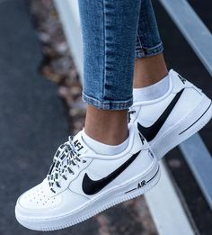 I will be the first to admit that I am serious sneaker addict. This month's purchase are these Nike Airforce 1 sneakers. When I am looking for new sneakers (or if I stumble across them through no… Cute Shoes, Me Too Shoes, Souliers Nike, Shoe Boots, Shoes Heels, High Heels, Converse Shoes, Vans Tennis Shoes, Sexy Heels