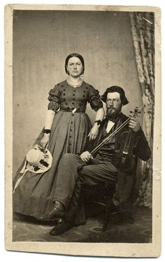 Tips To Help You Become A Better Photographer – Yes Photography Victorian Photography, Retro Photography, Kitsch, Wife Pics, The Porter, Civil War Photos, American Civil War, Best Photographers, Portrait Photo