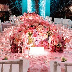Wedding Flower Arrangements | Pink Wedding Floral Arrangements | erwinnavyanto.in