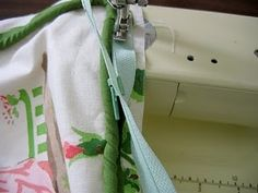 tutorial: pillow with piping, zipper, lining. @Ianko Selig