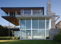 Graham House by E. Cobb Architects | HomeDSGN, a daily source for inspiration and fresh ideas on interior design and home decoration.