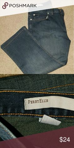 Men's Perry Ellis Straight Leg Jeans These are in great condition, no rips, stains or flaws. Size 36x30 Perry Ellis Jeans Straight