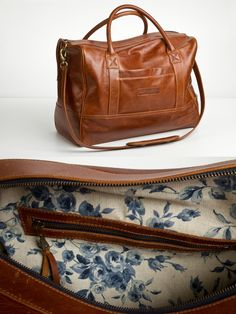 Clark & Madison, Classic Weekender in Whiskey.