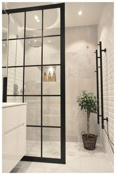 Duschwand Industriedesign Design industrial da parede do chuveiro – – Bad Inspiration, Bathroom Inspiration, Bathroom Decor Sets, Bathroom Ideas, Bathroom Wall, Bling Bathroom, Glass Bathroom, Shower Ideas, 1950s Bathroom
