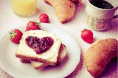 Cute heart breakfast
