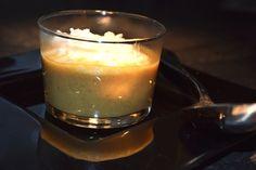 Dieses einmalige Geschmackserlebnis war bislang bei jedem unserer Gästeabende ein absoluter Renner. Statt die Suppe in normalen Tellern zu servieren, kann sie auch in Gläsern oder Tassen aufgetischt werden. Mit etwas Schlagrahm-Garnitur sieht sie dann nämlich fast wie ein Cappuccino aus.
