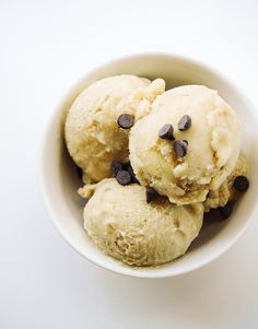 If you have followed my blog long enough, you know that I love my banana ice creams! The reason being...