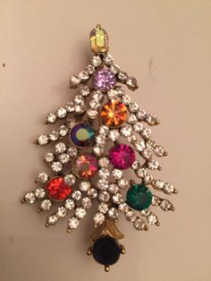 Vintage Estate Signed Lisner Christmas Tree  Brooch