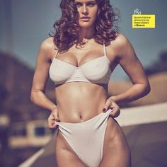 Female Actresses, Hot Actresses, Alexandra Daddario Images, Stylish Girls Photos, Hollywood Fashion, Indian Beauty Saree, Cute Beauty, Beautiful Celebrities, Foto E Video