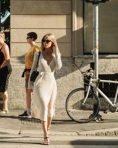 Parisian Style Fashion, Look Fashion, Autumn Fashion, French Fashion, Parisian Street Style, Classy Street Style, Paris Style, Feminine Fashion, Classy Fashion
