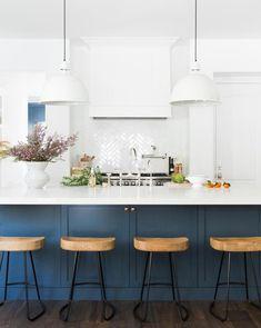 Classic Kitchen, Old Kitchen, Rustic Kitchen, 10x10 Kitchen, Eclectic Kitchen, Kitchen Modern, Minimal Kitchen, Closed Kitchen, Stylish Kitchen