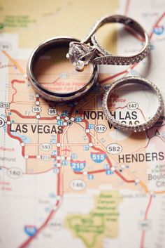 Why is Vegas one of the best places in the world to get married? Las Vegas is a gorgeous place to have all kinds of fun . Neil Lane Engagement, Engagement Photos, Engagement Announcements, Elopement Announcement, Country Engagement, Fall Engagement, Engagement Photography, Wedding Photography, Jamie Mcguire