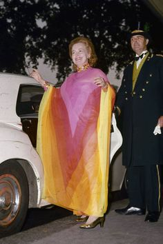 The caftanloved by rock stars, stylists, and royals is one of our personal favorites (especially when playing hostess). Town and Country Magazine takes a look back at 19 of the greatest caftan ensembles of all time.