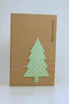 grüner Tannenbaum auf Papier