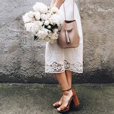 """White lace + neutral shoes/bag--lovely but not too sweet--coffeeforthemoon: """"© Anna Remarchuk """" Bucket Bag Outfit, Modest Fashion, Fashion Outfits, Womens Fashion, Spring Summer Fashion, Spring Style, Passion For Fashion, What To Wear, Style Me"""