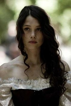 """""""Astrid Berges-Frisbey"""" J dress - Character inspiration Female Character Inspiration, Story Inspiration, Pretty People, Beautiful People, Moda Medieval, Medieval Girl, Astrid Berges Frisbey, Chica Fantasy, Claire Fraser"""