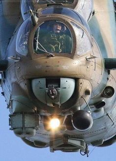 Attack Helicopter Gunner Cockpit front view😮😮😮 it AMAZING? Russian Military Aircraft, Military Helicopter, Military Jets, Mi 24 Hind, Ww2 Aircraft, Fighter Aircraft, Fighter Pilot, Fighter Jets, Attack Helicopter