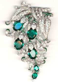 Trifari 'Alfred Philippe' Pave Emerald and Enamel Four Bell Flowers Floral Spray Pin Clip