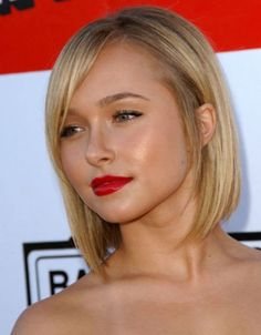 15 simple haircuts for round faces. Best and suitable haircuts for your round face. Top Haircuts for round faces to try this season.
