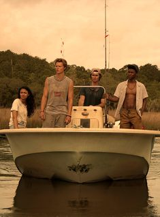 Danger Lurks On The Outer Banks Of Netflix's New Teen Drama - Netflix Movies - Best Movies on Netflix - New Movies on Netflix
