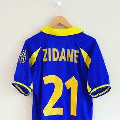 56f9bc9d6f4 Zidane Juventus kappa third shirt 1998 99.