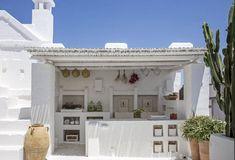 Bbq Shed, Greece House, Backyard Fireplace, Casa Real, Summer Kitchen, Mediterranean Homes, Garden Pool, Home Deco, Ibiza