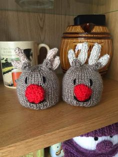 Rudolph Chocolate Orange Covers Free Knitting Patterns For Ferrero Rocher Covers Animal Knitting Patterns, Christmas Knitting Patterns, Crochet Patterns, Blanket Patterns, Chocolate Orange, Knitting Projects, Crochet Projects, Knitting Ideas, Christmas Projects