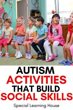 Use these autism activities to build social skills at home or in your autism classroom. Includes a printable list of social skills you need to teach your child or students. Preschool Social Skills, Social Skills Autism, Social Emotional Activities, Social Skills Lessons, Social Skills For Kids, Social Skills Activities, Life Skills, Leadership Activities, Activities For Autistic Children