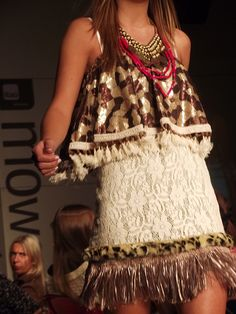 Caro Criado en Itaú MoWeek Otoño Invierno 2012 fotografía_ fehér / margalef