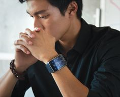 Samsung has announced a new smartwatch, the Gear S ahead of IFA.The Gear S comes with a curved screen and connectivity so you don't need to worr. Latest Smartwatch, Ifa Berlin, Samsung Gear S, Wearable Computer, Thing 1, Beauty Tips For Skin, Here Comes, Beauty Hacks Video, Face Hair