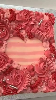 Baking ideas Beautiful cake decoratingYou can find Cake decorating videos and more on our website. Cake Decorating Videos, Cake Decorating Techniques, Cookie Decorating, Simple Cake Decorating, Cake Decorating Frosting, Decorating Tips, Pretty Cakes, Beautiful Cakes, Amazing Cakes