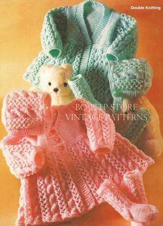 Detská Matinee Cardigan / Coat, Bonnet a ponožky sa pliesť - PDF pletenie vzoru
