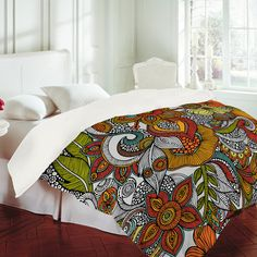 love colorful bedspreads!