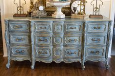 blue+and+gold+painted+furniture | So out came the Annie Sloan chalk paint! I used layers of five colors ...