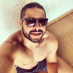 Dia perfeito hoje... #me #model #muscle #bear #beard #beardedman #bestoftheday #bodybuilding #hot #hotman #picoftheday #photooftheday #sexyguy #muscled #omg #life #lumberjack #man #boy #running #instamood #selfie #woof #instagram #like4like #summer #scruff #fitness #instafeet #instaboy by guimaraesofficial