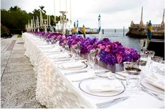 long tables, love the fullness of the flowers