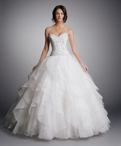 Sweetheart Princess/Ball Gown Wedding Dress  with Dropped Waist in Organza. Bridal Gown Style Number:32863268
