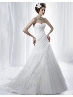 Charming A-line Sweetheart Ruched Applique Tulle Satin Sweep Train Wedding Dress