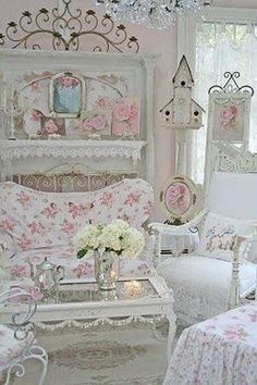Beautiful shabby chic living room