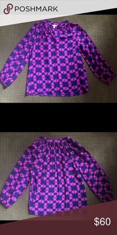 Lilly Pulitzer Elsa Top Like new navy/pink with frog pattern Elsa top by Lilly Pulitzer Lilly Pulitzer Tops