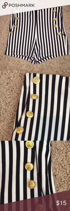 Forever 21 Sailor Shorts Perfect condition. Only worn once Forever 21 Shorts