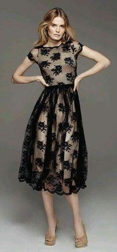Vestido negro beige