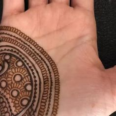 Did you notice i had started filling the paisley with some other design but changed my mind and decided to do checks 😄… Henna Artist, Change Me, Hand Henna, Tribal Tattoos, Montreal, Paisley, Instagram, Design, Cashmere