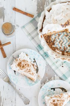 The Ultimate Pumpkin Pie - Sugar and Charm - sweet recipes - entertaining tips - lifestyle inspiration