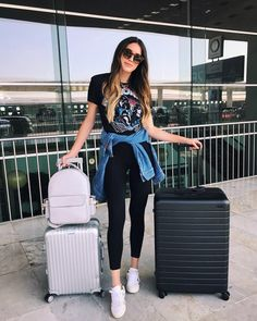Ideas For Travel Outfit Summer Plane Airport Style Airport Travel Outfits, Travel Outfit Summer, Airport Style, Summer Travel, Summer Outfits, Packing Outfits, Traveling Outfits, Airport Look, Summer Airport Outfit