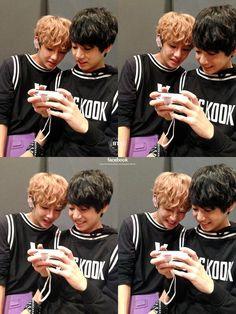 How Taekook began. How they act behind closed doors. The story of how trainee Jeon Jungkook started developing feelings for his fellow team member, Kim Taehyun. Bts Jungkook, Kim Namjoon, Kim Taehyung, Taekook, Vkook Memes, Bts Memes, Video Daddy, Jung Hoseok, Kpop