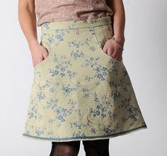 Short floral skirt Blue and light yellow skirt with by Malam