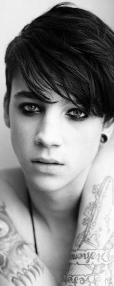 Ash Stymest Androgynous model ~ The left side of the body carries female energy & the right side of the body carries male energy. Place you hand over one side of your face & look into a mirror. You can clearly see the male/female energy. The left side will reflect feminine features & the right will reflect masculine features.