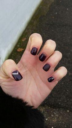 #nails #rougenoir #gold #paillettes